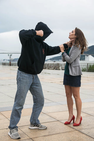 video self defense femme