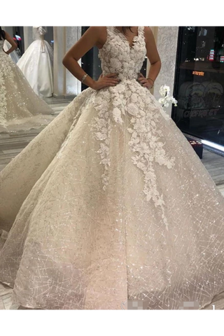 Shimmer Organza Ball Gown Wedding Dress With V Neck And Sequins