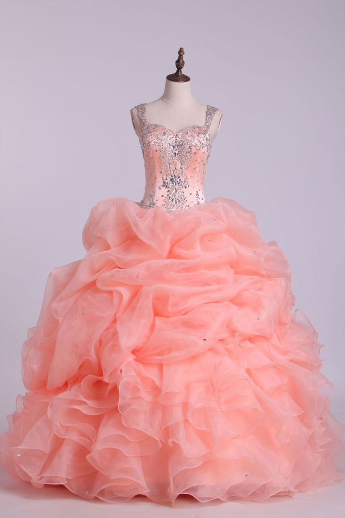 2020 Ball Gown Quinceanera Dresses Straps Beaded Bodice With Bubble Skirt