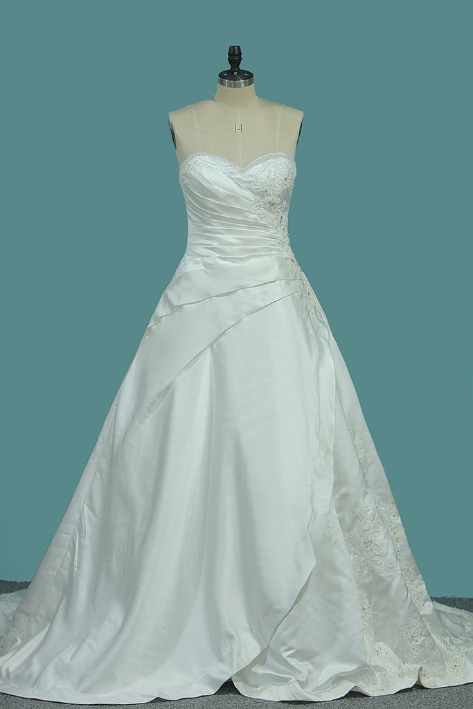 2021 A Line Satin Sweetheart Wedding Dresses With Applique And
