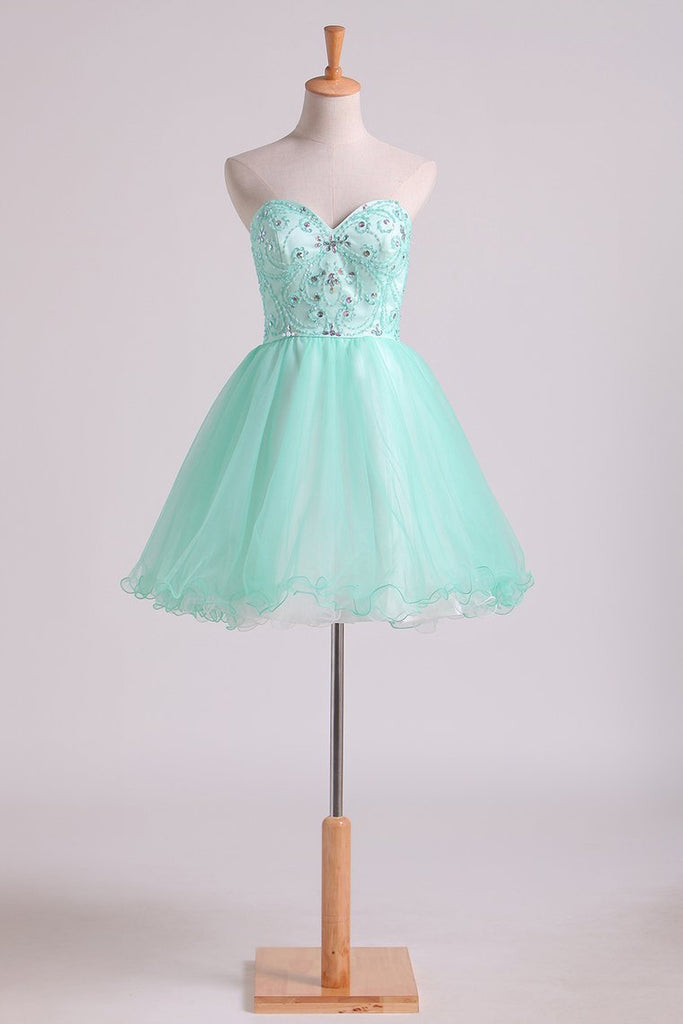 2020 A Line Sweetheart Homecoming Dresses Beaded Bodice Tulle