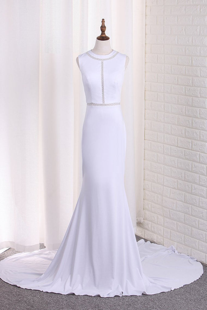 2021 New Arrival Mermaid Scoop Wedding Dresses With Beads Sweep
