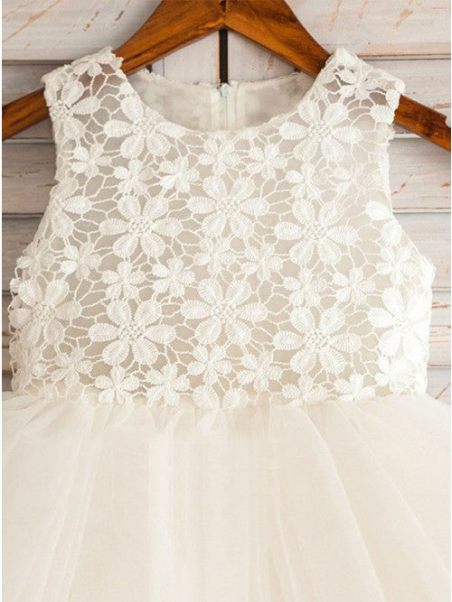 A-Line Round Neck Knee-Length Flower Girl Dresses with Lace