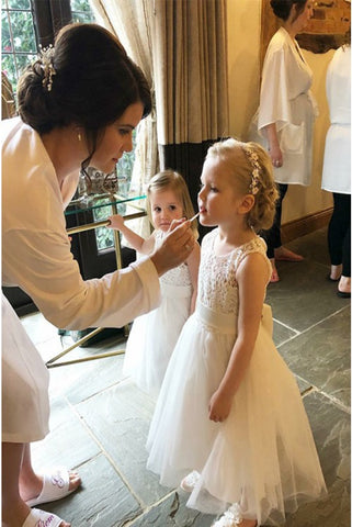 A-Line Round Neck Open Back Flower Girl Dresses with Lace Bowknot