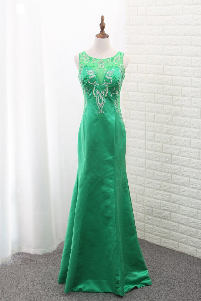 2021 Mermaid Satin Scoop Prom Dresses With Embroidery Floor
