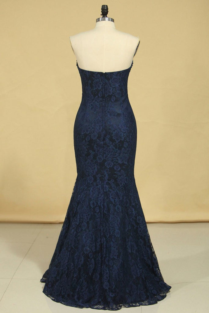 2019 Mermaid Sweetheart Prom Dresses Lace With Beading And Applique Dark Navy Plus Size