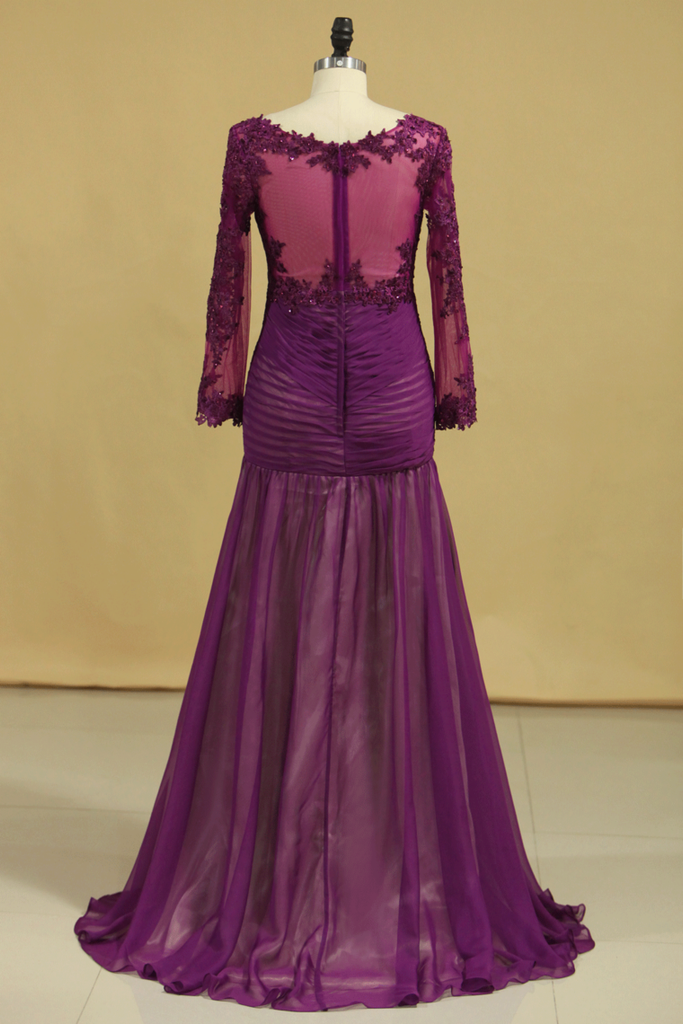 2019 Grape V Neck Long Sleeves Mermaid Evening Dresses Chiffon With Applique And Ruffles