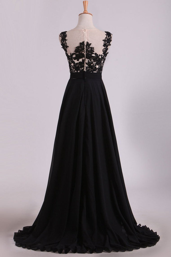 2020 Cap Sleeves Prom Dresses Scoop Floor Length Chiffon With Applique