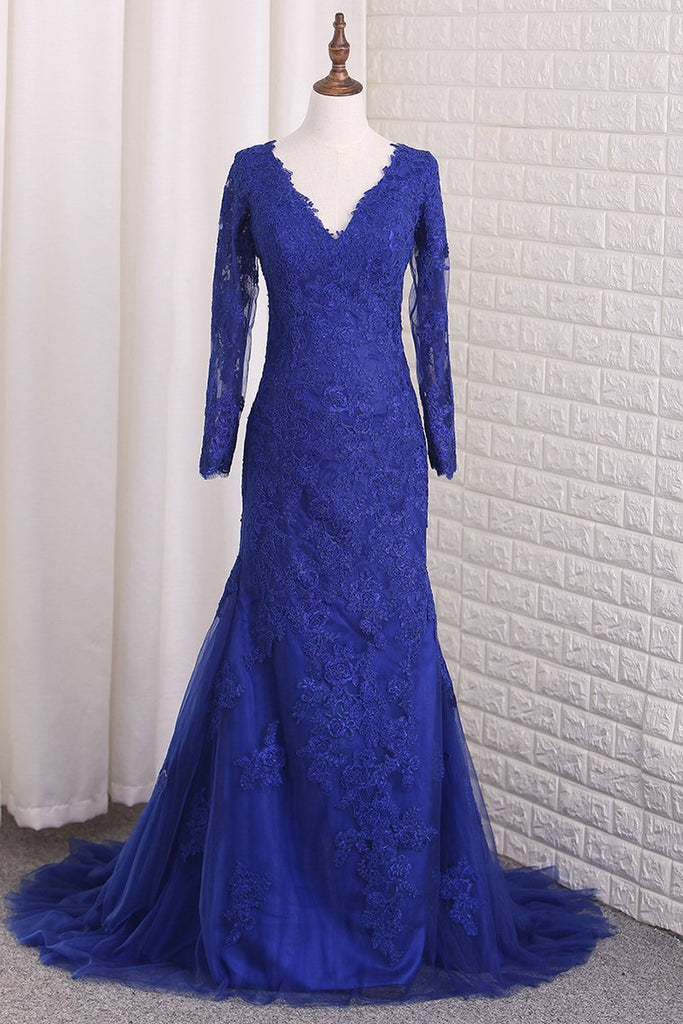 V Neck Long Sleeves Tulle Prom Dresses With Applique