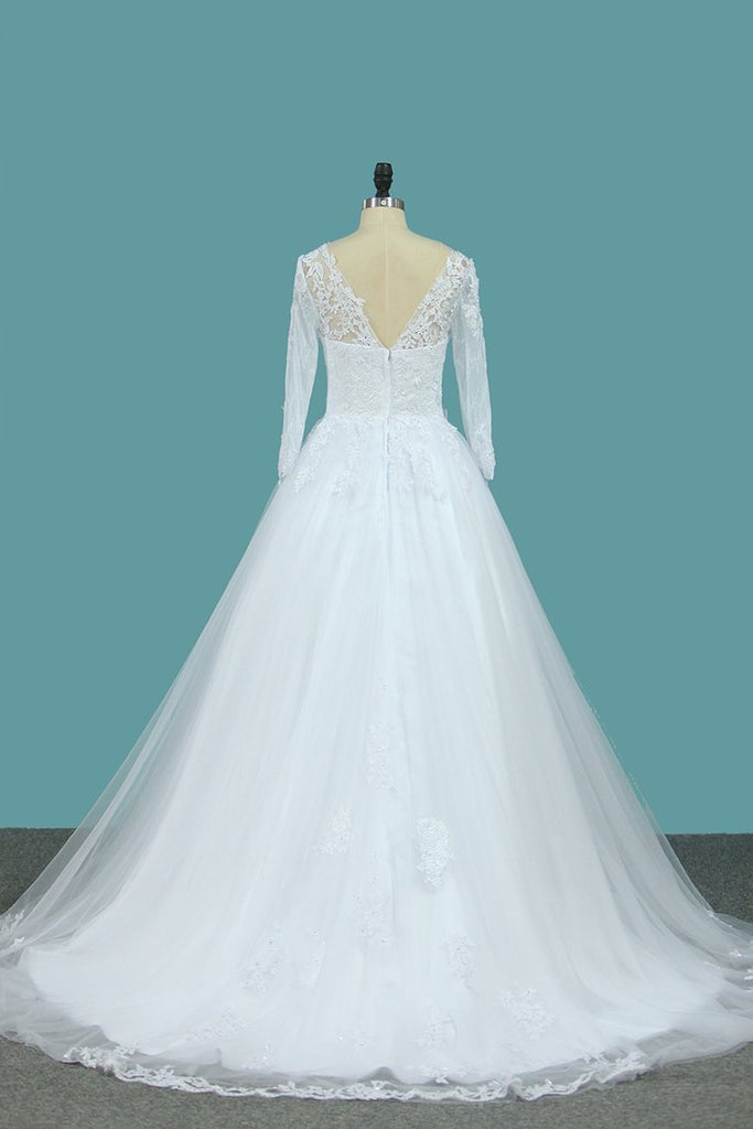 2021 A Line Tulle Bateau 3/4 Length Sleeve Wedding Dresses With Applique Sweep