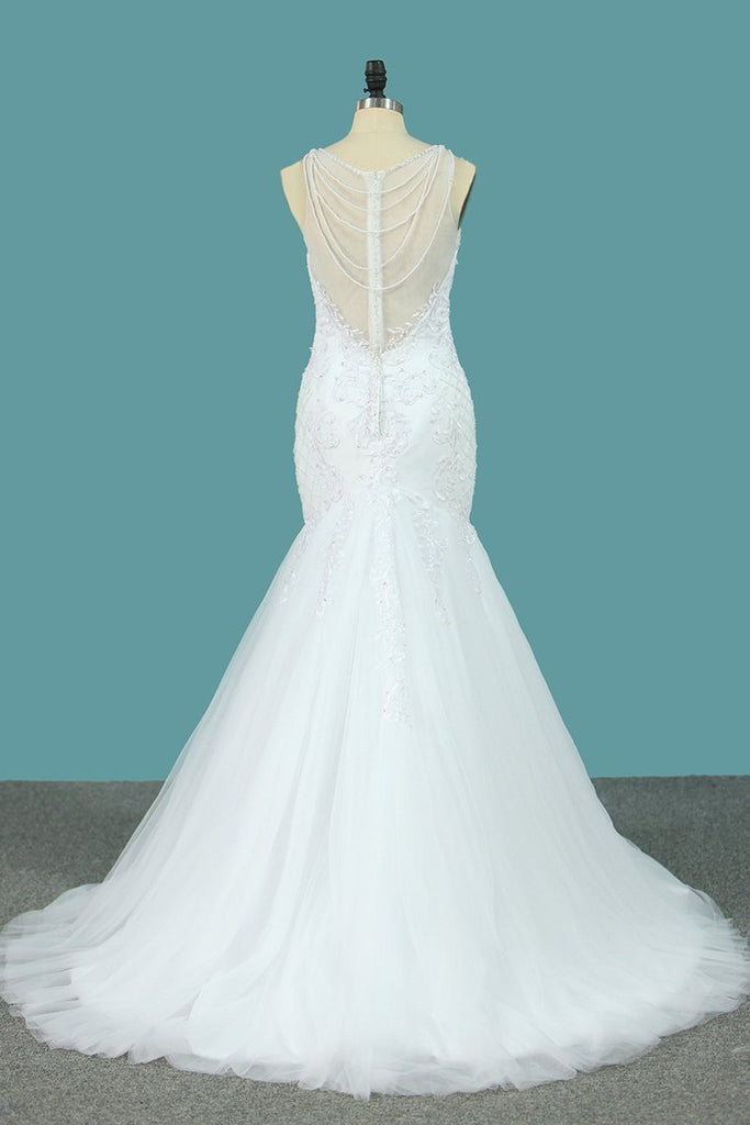 Tulle Mermaid Scoop Wedding Dresses With Applique