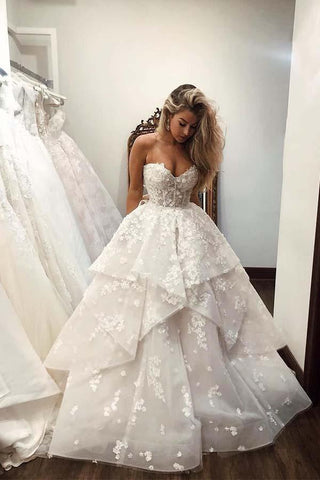 Ball Gown Sweetheart Strapless V Neck Ivory Tulle Wedding Dress with Flowers SME1086