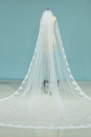 2021 Pretty One-Tier Wedding Veils With Applique&Beads (4 Meters)