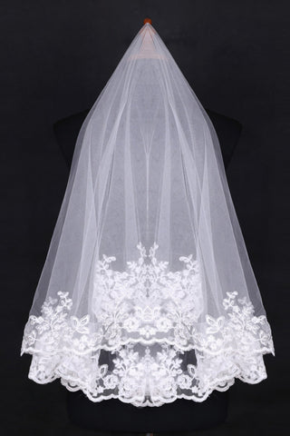 Two-Tier Finger-Tip Bridal Veils With Applique