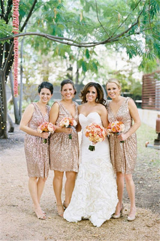 Sparkly Sleeveless Sequined V-neck Short Bridesmaid Dresses