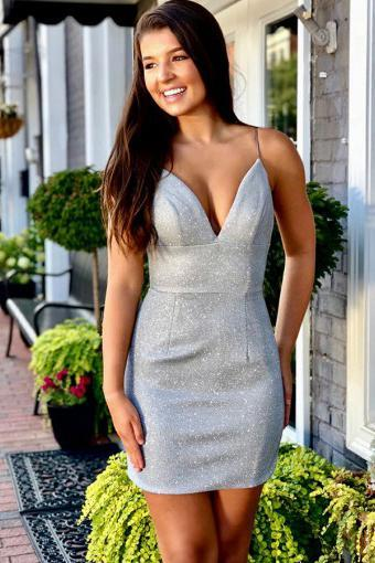 Sheath Spaghetti Straps Silver Sleeveless Short Homecoming Dress V Neck Prom Dresses H1288