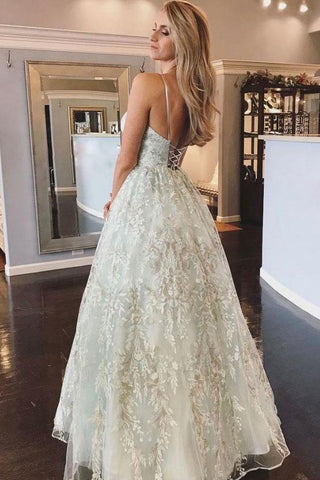 Spaghetti Straps Lace Appliques Beach Wedding Dresses with Lace up Wedding Gowns SME1078
