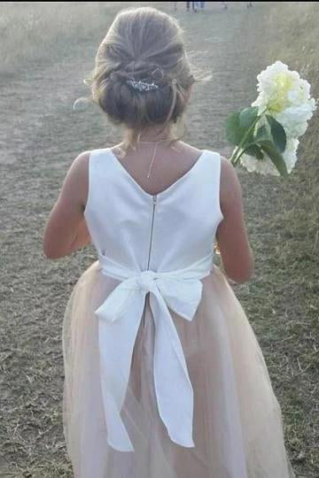 Stunning Sleeveless A Line Satin Bowknot Pink Flower Girl Dresses with Round Neck FG1009