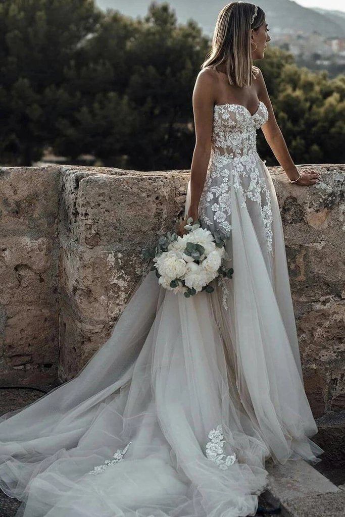 Sweetheart Strapless Lace Rustic Wedding Dresses Long Tulle Beach Wedding Dress W1066