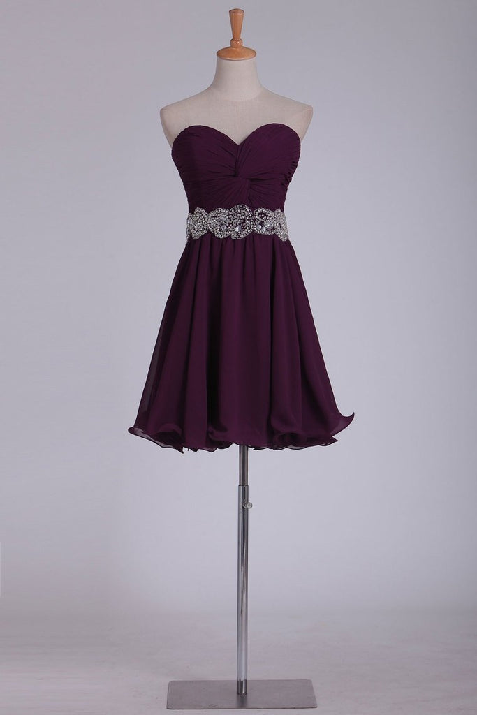 Sweetheart Short/Mini Chiffon With Ruffles And Beads A Line Homecoming
