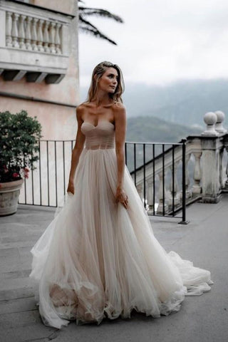 Pleated Tulle Bridal Dresses SweetHeart Neckline Minimalist Wedding