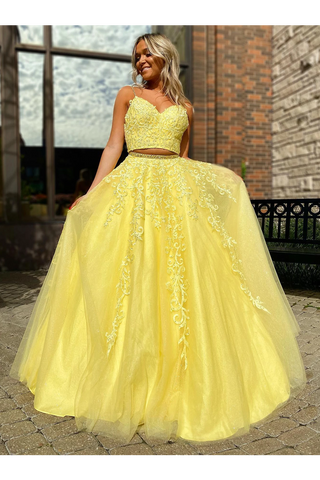 A Line V Neck 2 Pieces Tulle Prom Dresses With