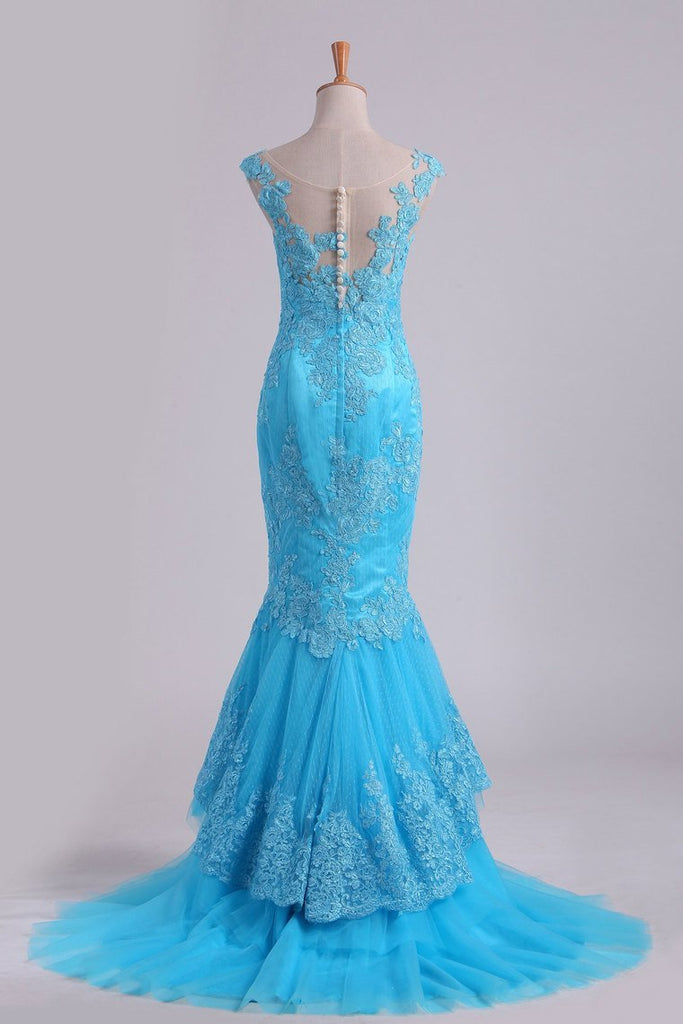 2021 Mermaid Evening Dresses Bateau Tulle With Applique Sweep Train