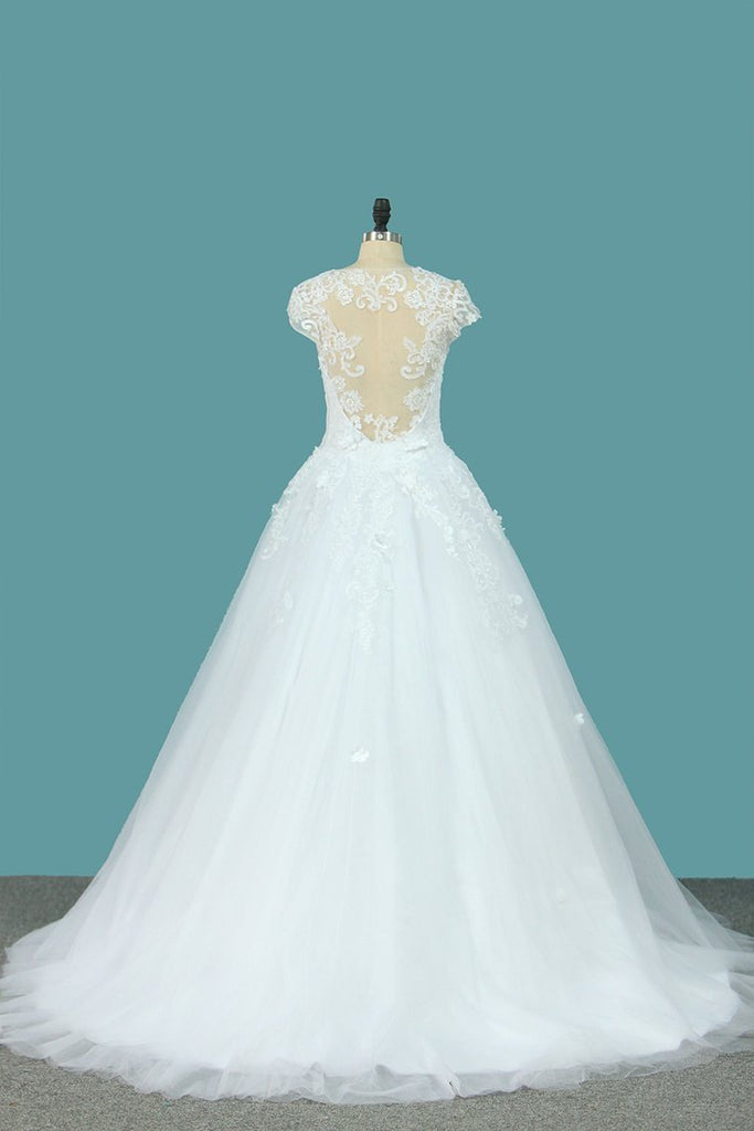 2021 Ball Gown Short Sleeves Scoop Wedding Dresses Tulle With