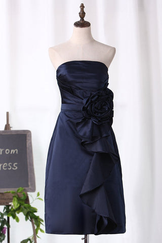 A Line Bridesmaid Dresses Strapless Knee Length Satin With