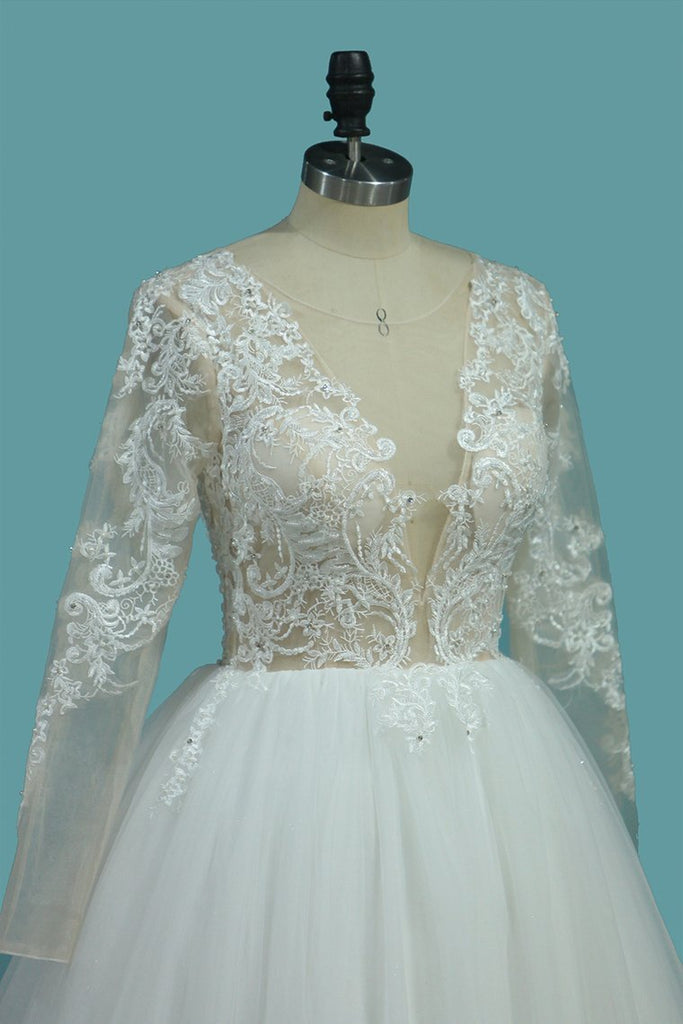 2021 Long Sleeves A Line Scoop Tulle Wedding Dresses With Applique Chapel