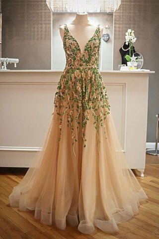 Criss Cross Back Appliqued Tulle Prom Dress With
