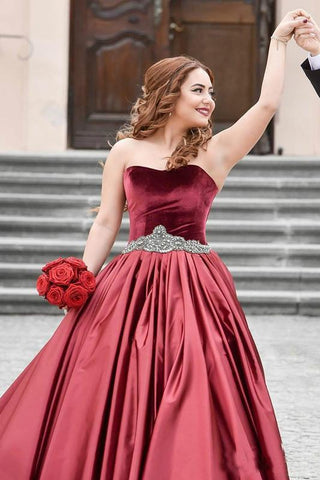 Special Burgundy Velvet Sweetheart Beads Strapless Sash Ruched Satin Prom Dresses SME130