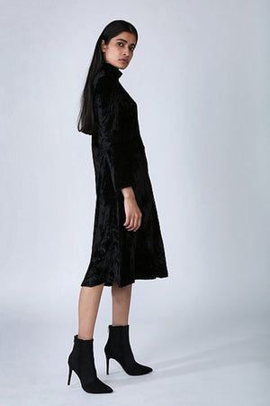 Imaima Delia Velvet Dress Black