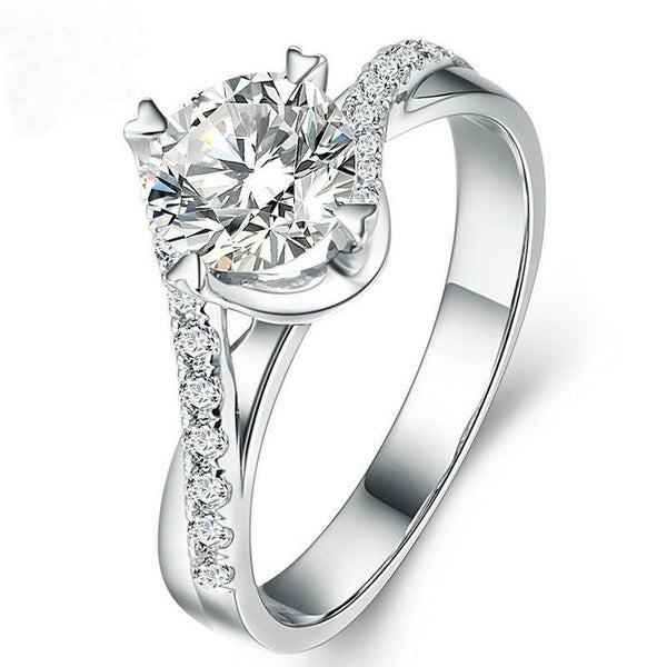 Heart Prong Intertwined Ring