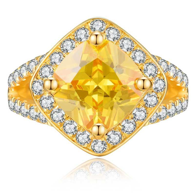 Yellow Gold Glorious Cushion Cut Halo Ring