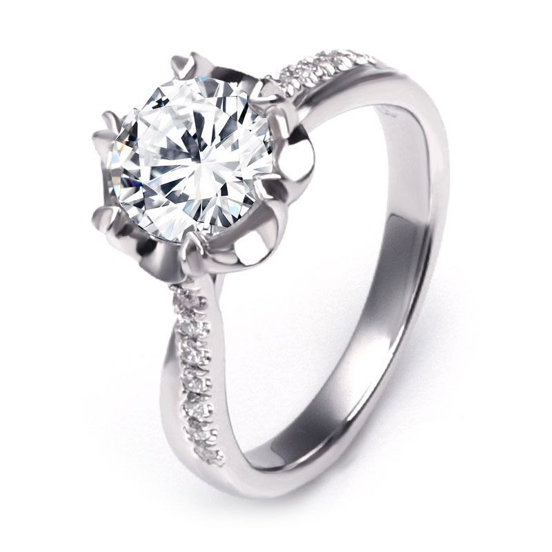 Graceful Heart Prong Entwined Ring
