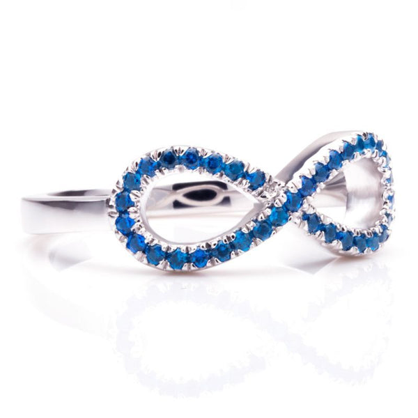 Infinity Cluster Setting Blue Sapphire Round Cut Wedding Band