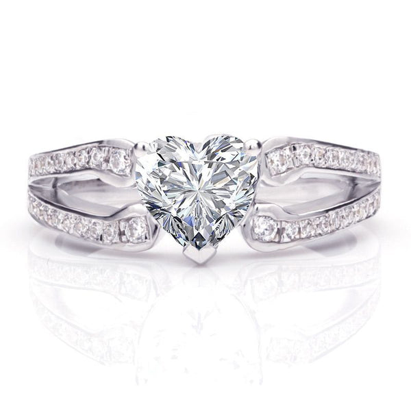 Heart Brilliant-cut White Sapphire Split Shank Intertwined Stone Band Bridal Set
