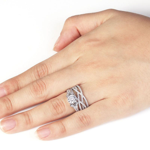 Four Claws Round Brilliant-cut Sapphire Y-shaped Shank Intertwined Stone Band Wedding Set