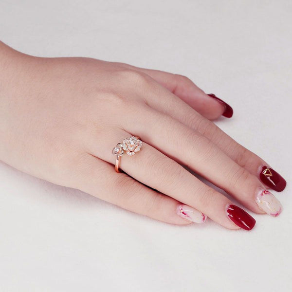 Fashion Rose Gold Plated Flower White Sapphire Ring