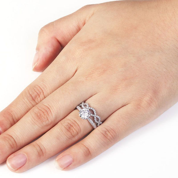 Four Claws Round-cut White Sapphire Entwined Stone Band Sterling Silver Wedding Set