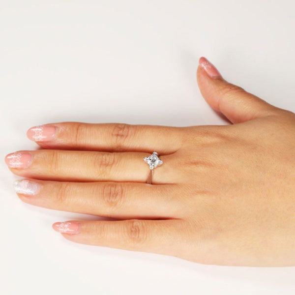 Bright Cross Star Ring