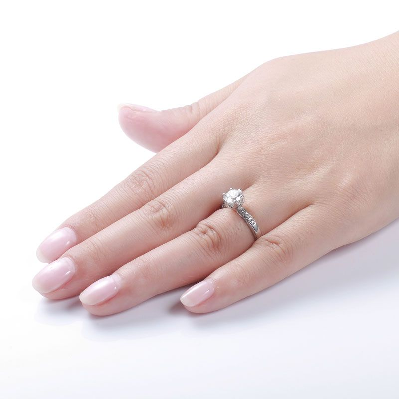 Twinkling Clover Magic Hand Ring