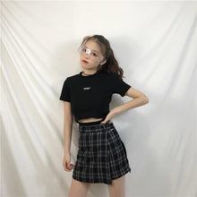 Load image into Gallery viewer, Black Gothic Preppy Style Skirt