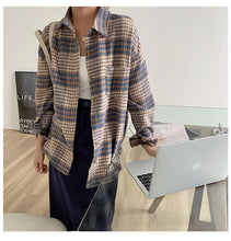 Load image into Gallery viewer, Turn Down Collar Casual Loose Plaid Shirt