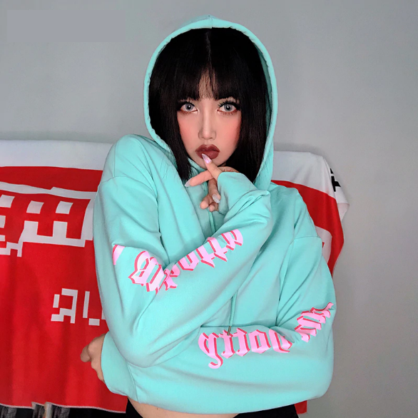 I Am Hotty Side Sleeve Letter Printed Crop Hoodie