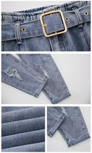 Load image into Gallery viewer, Ripped Denim Jeans With Belt