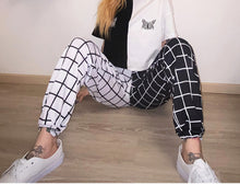 Load image into Gallery viewer, Pants Streetwear Black and White Plaid Print Loose