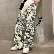 Load image into Gallery viewer, Vintage Art Printed Loose Cargo Pants