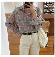 Load image into Gallery viewer, 2 Colors Vintage Plaid Shirt